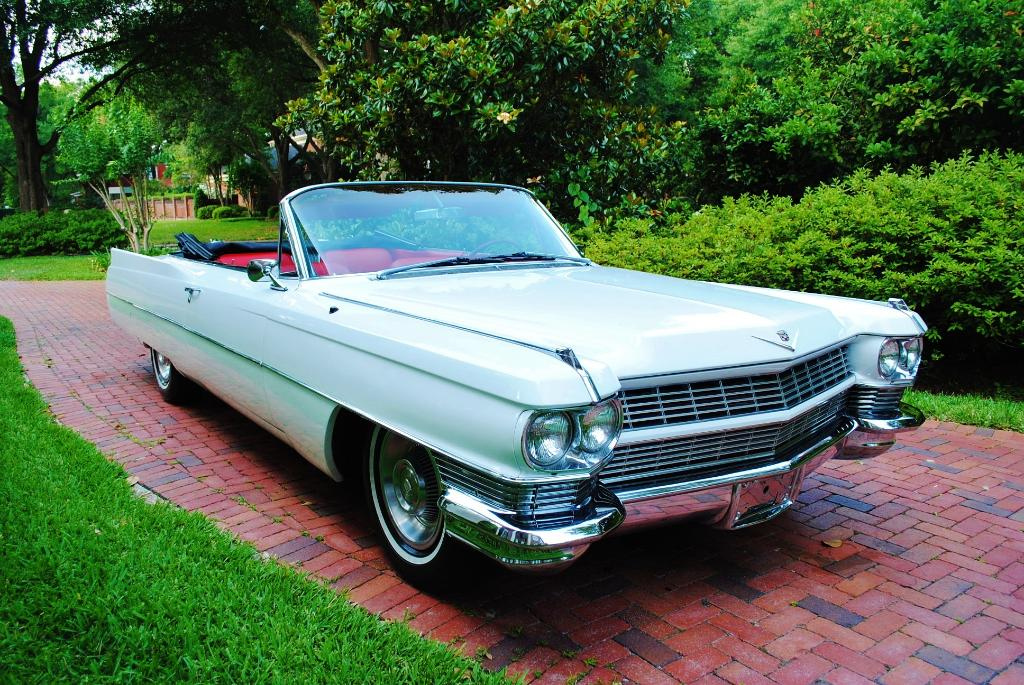 File:1964 Cadillac Deville convertible fvr.jpg - Wikimedia Commons