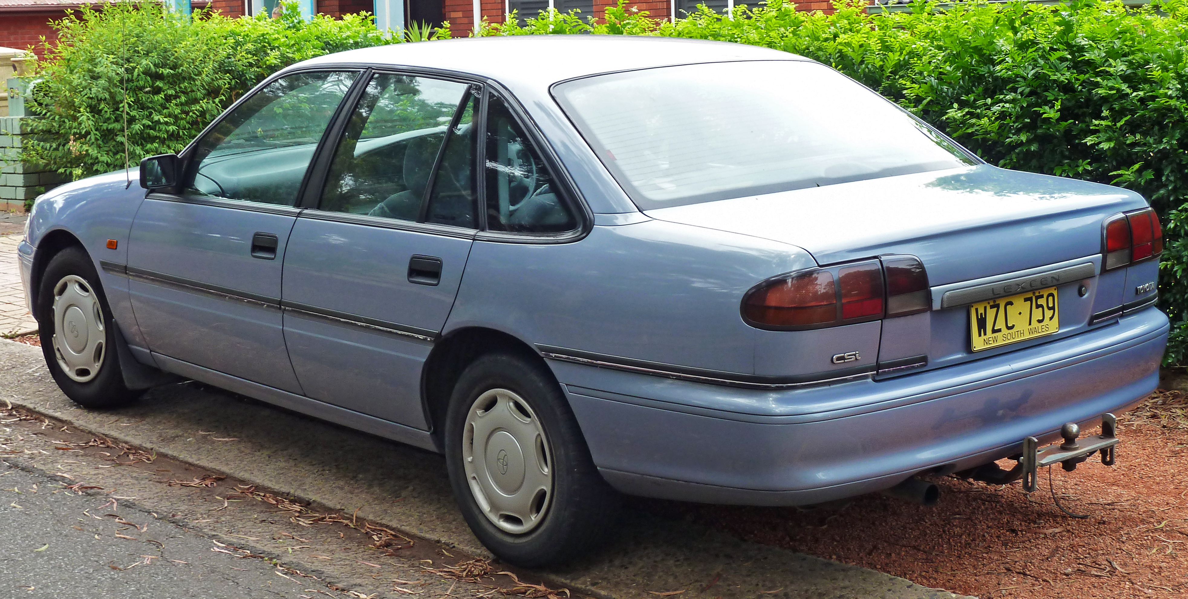 File 1995 1996 Toyota Lexcen T4 Csi Sedan 02 Jpg