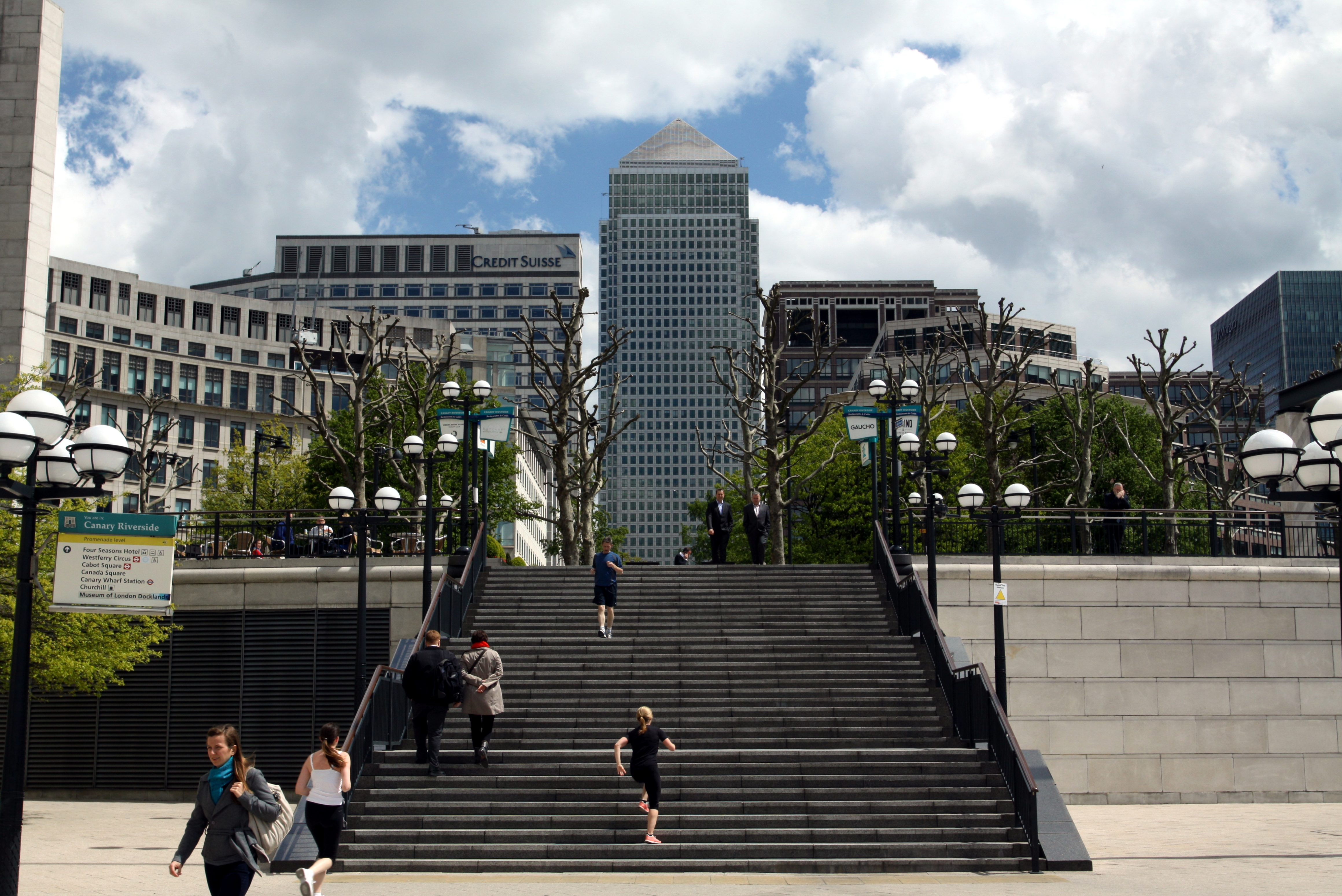 file 1 cabot square with one canada square from westfery