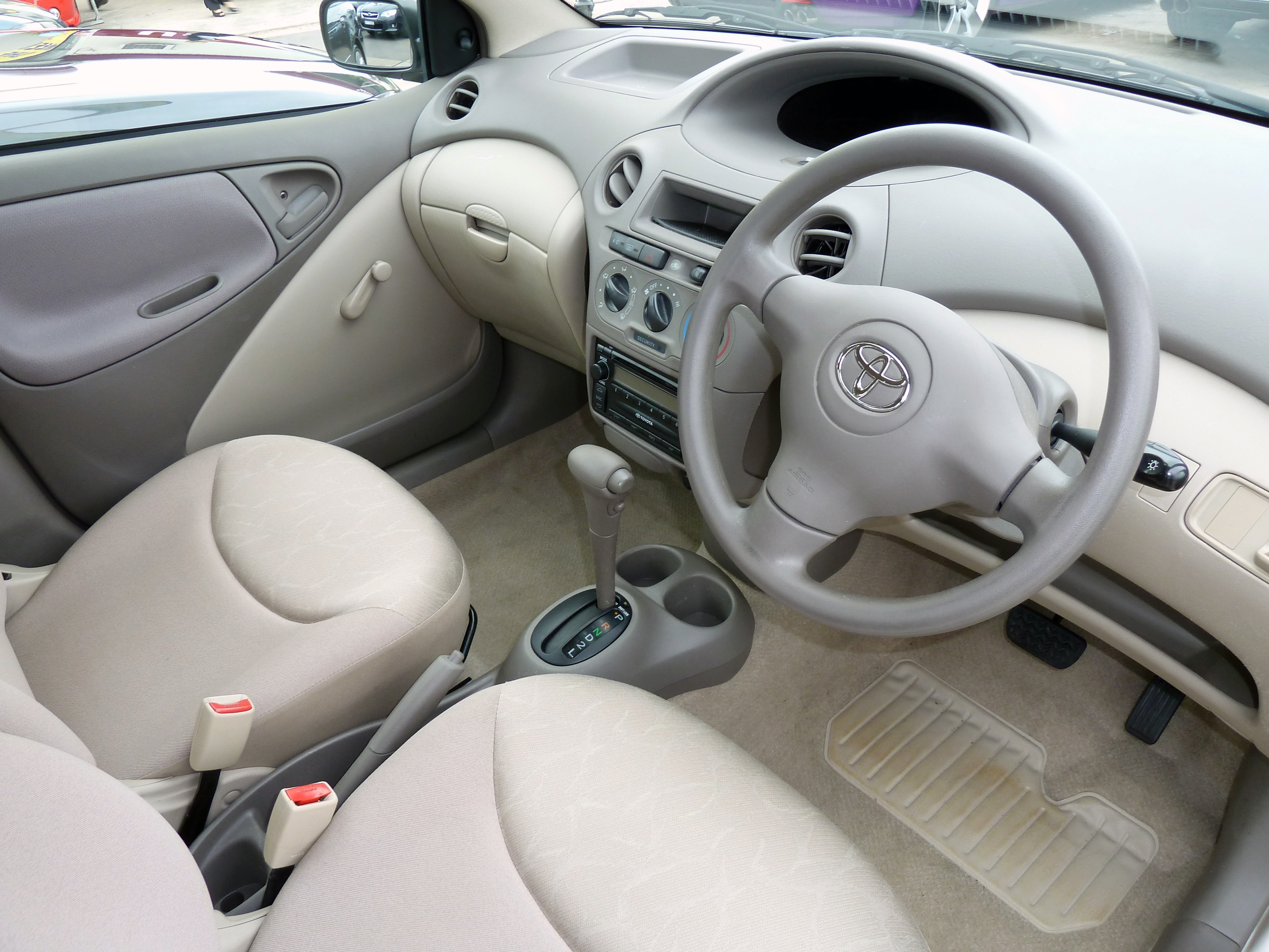 File 2004 toyota echo ncp12r sedan 01 jpg