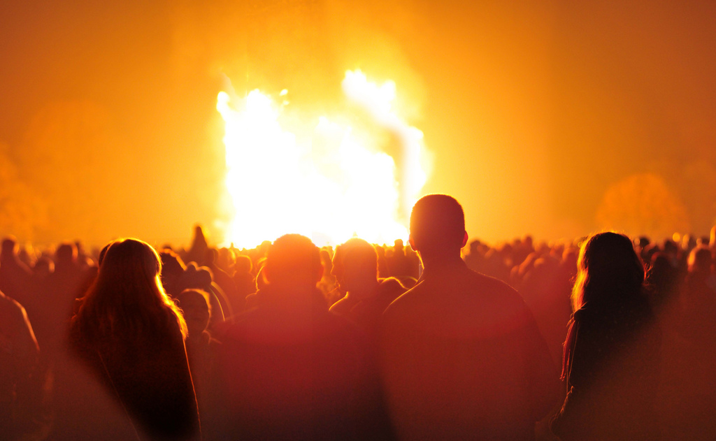 Bonfire Night - Simple English Wikipedia, the free ...