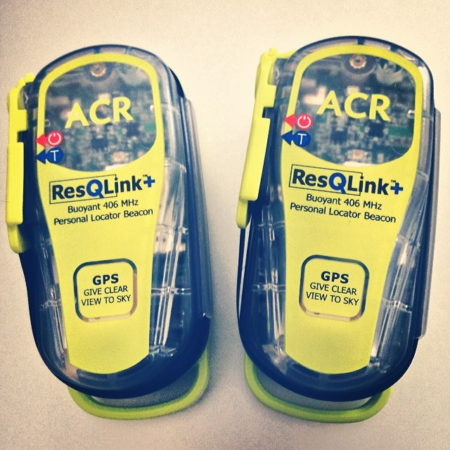 File:ACR ResQLink 406MHz Personal Locator Beacon with GPS