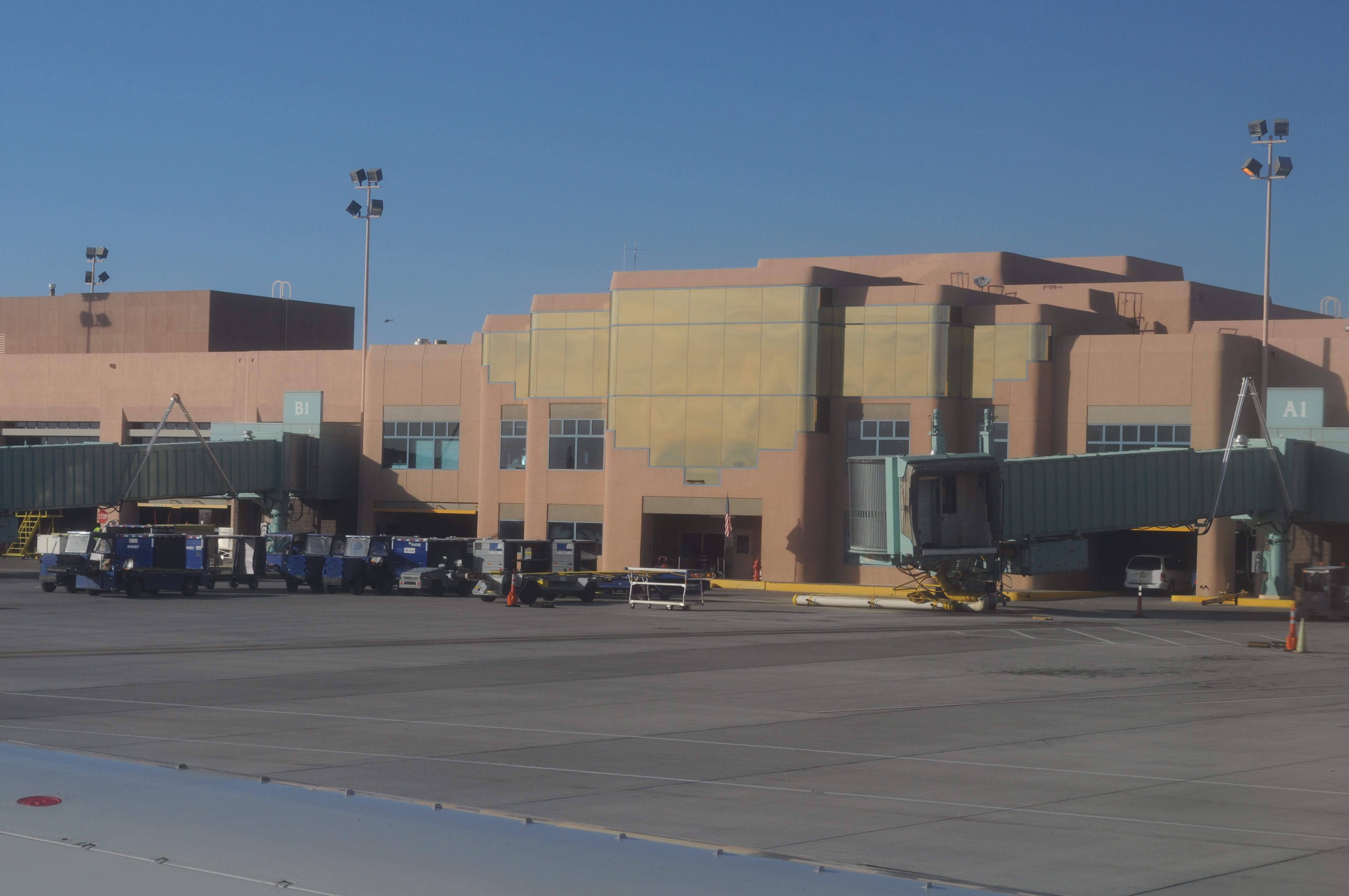 Albuquerque International Airport - Cancun Airport