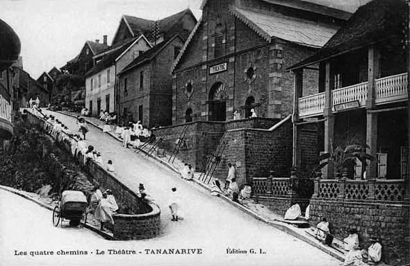 File:Antananarivo Four Roads c1905.jpg