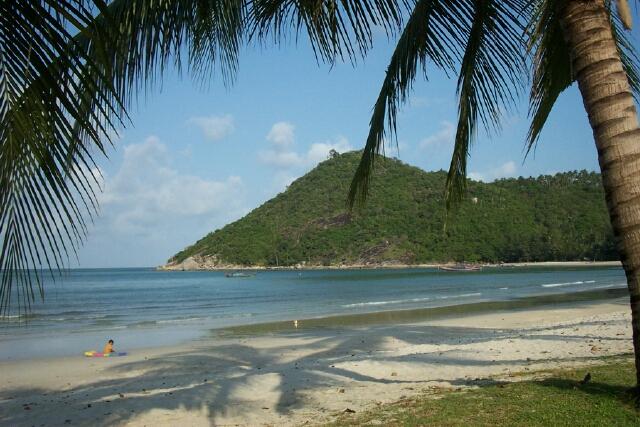 File:Ao Thong Nai Pan, Koh Phangan, Thailand 02-2003.jpg