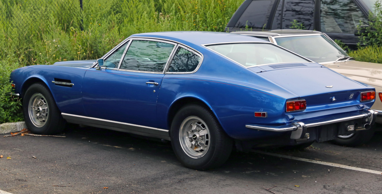 File Aston Martin Dbs V8 Rear Left Jpg Wikimedia Commons