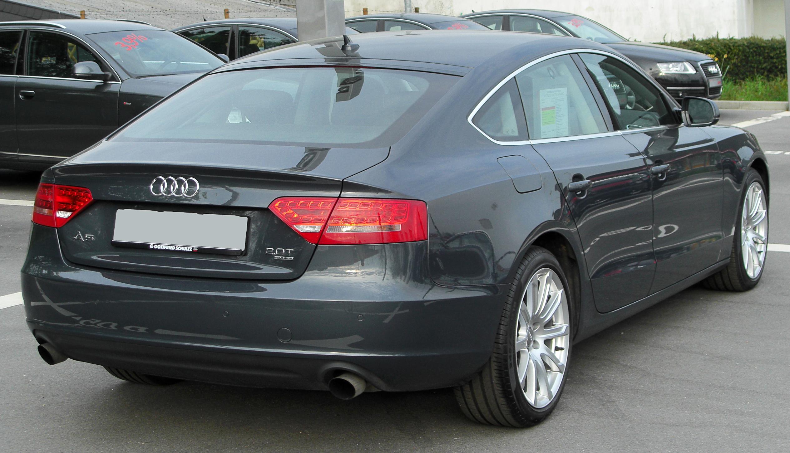 http://upload.wikimedia.org/wikipedia/commons/c/c0/Audi_A5_Sportback_2.0_TFSI_quattro_rear_20100425.jpg