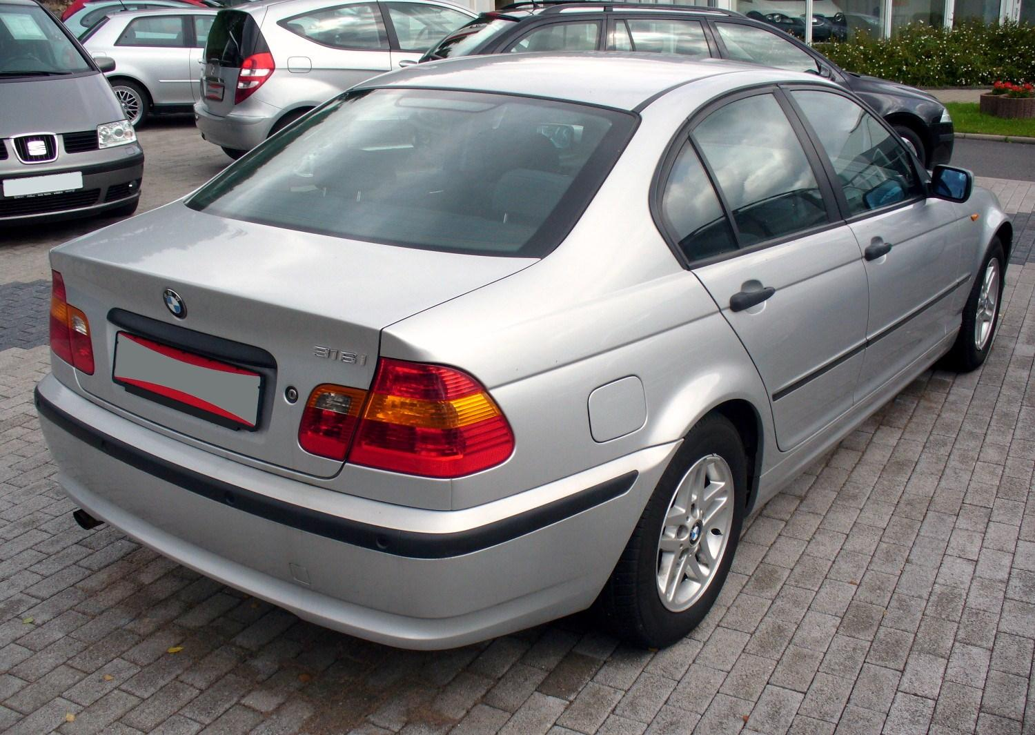 File Bmw E46 316i Facelift Heck Jpg Wikimedia Commons