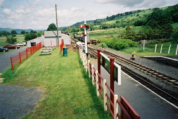 Bala Lake Railway - geograph.org.uk - 136154