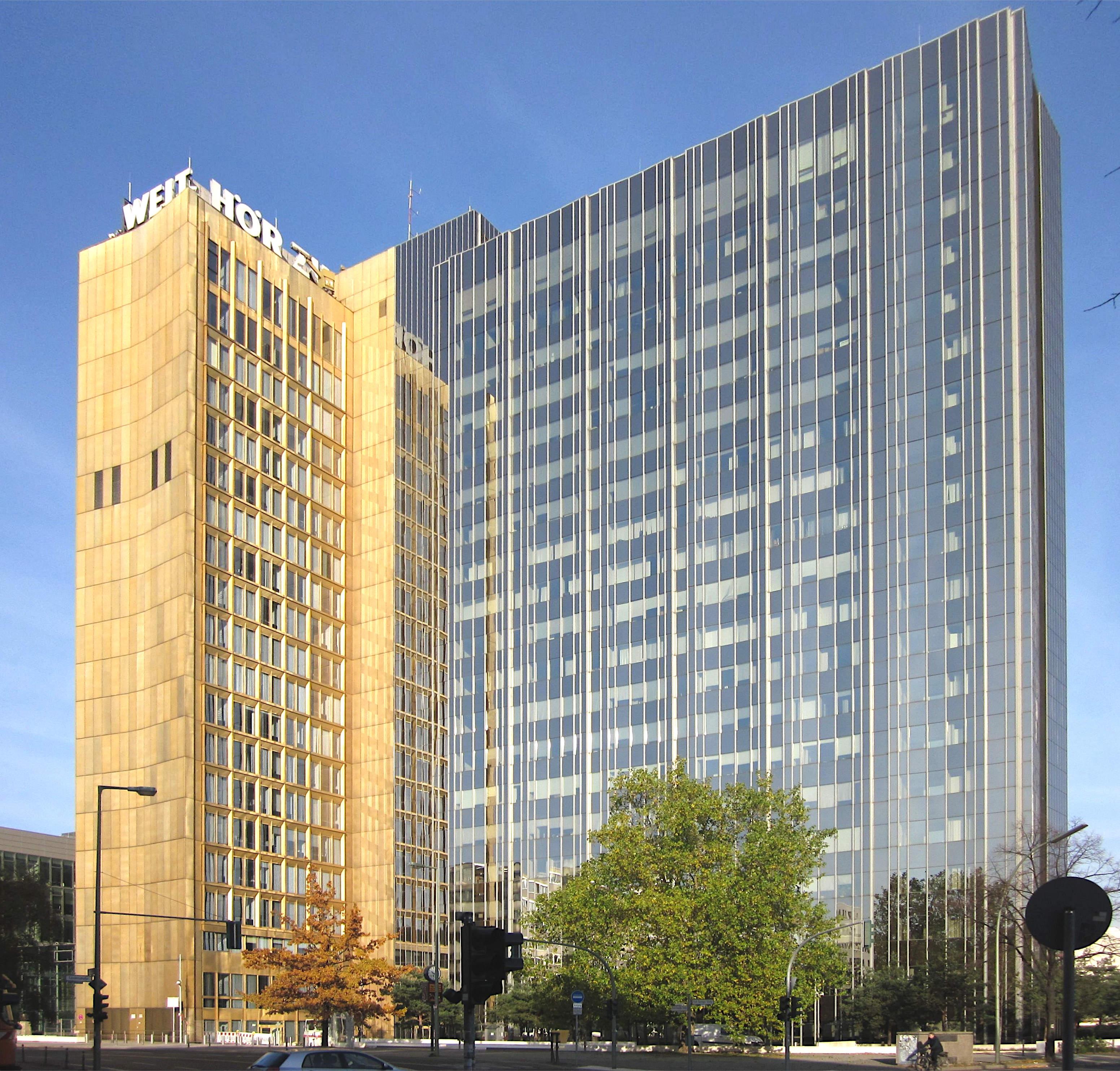 Das Axel-Springer-Hochhaus: Hauptsitz der Axel Springer SE in Kreuzberg
