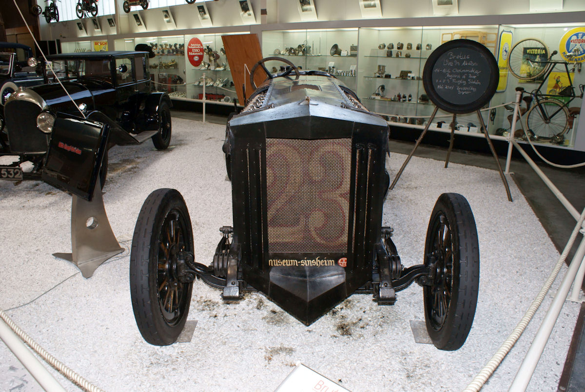 Brutus_1925_Racer_BMW_V12_flugmotor_Head