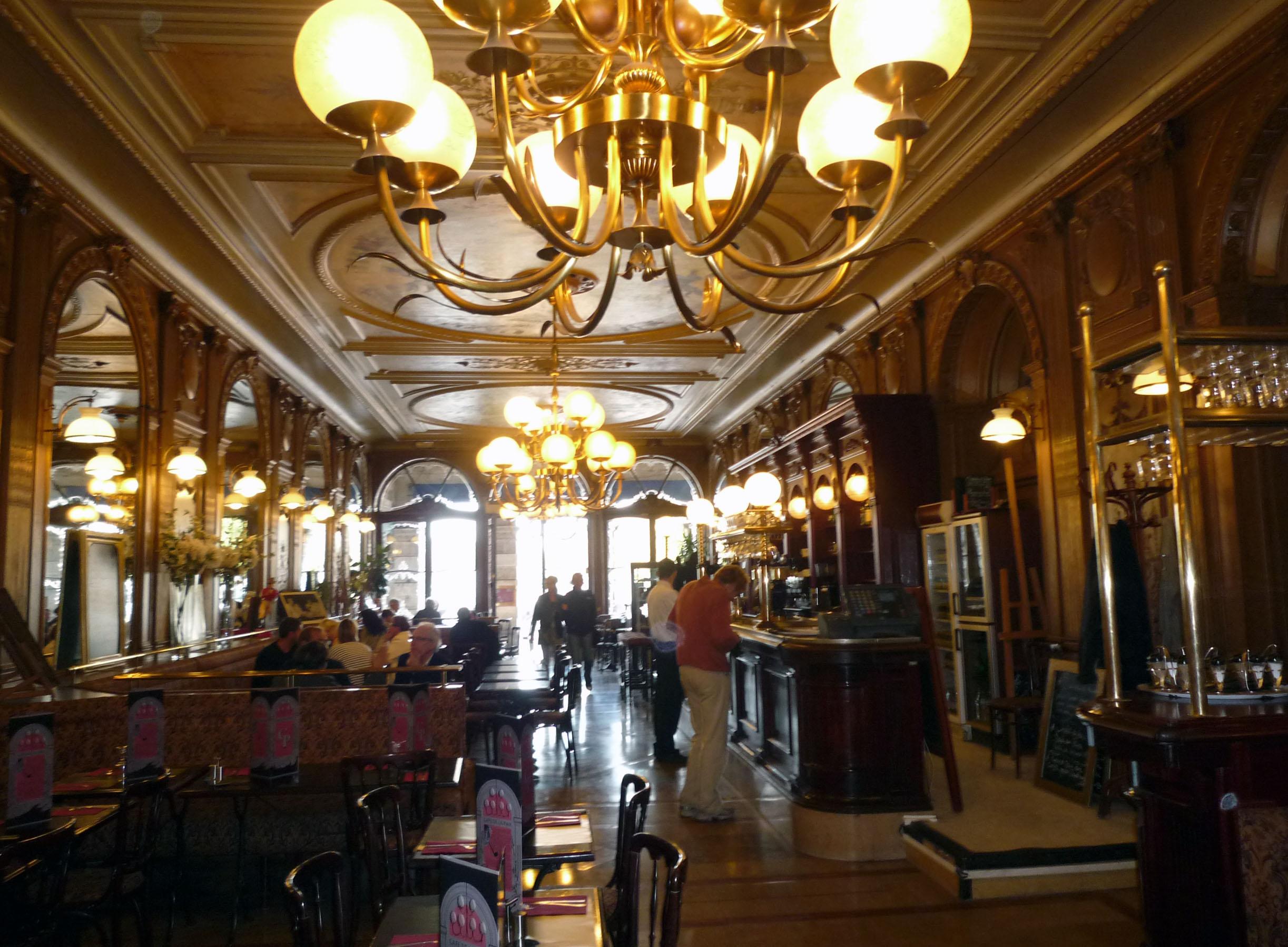 Cafe De Paris Vilnius Jonathan