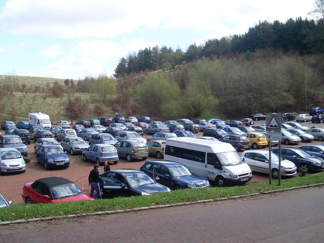 File:Car park at New Lanark - geograph.org.uk - 1249429.jpg