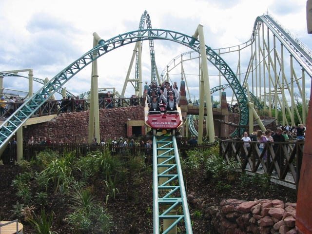 Colossus, Thorpe Park - geograph.org.uk - 70136