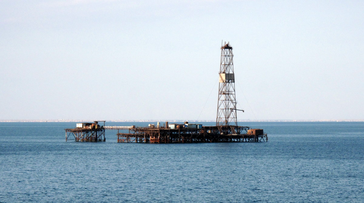 Oil drilling in Caspian Sea