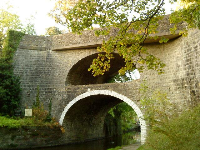 Double bridge at East Marton - geograph.org.uk - 2121134