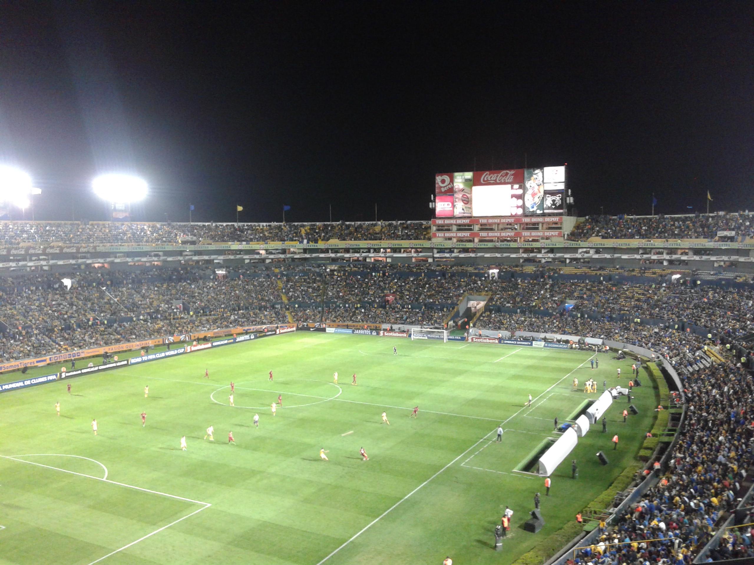 M xico los 8 mejores estadios de f tbol taringa for Puerta 9b estadio universitario