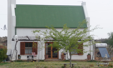 Example of house with solarboiler in Orania.jpg