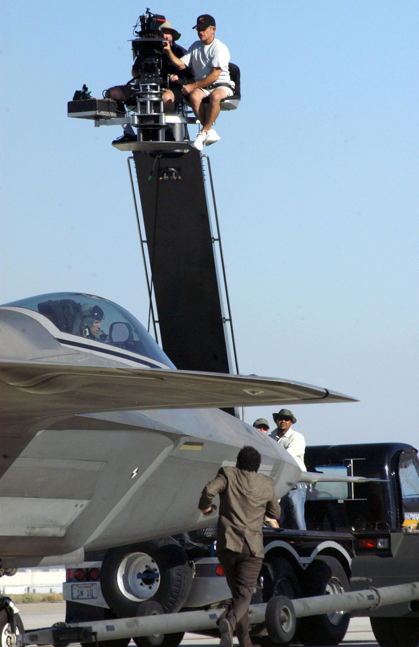 Lockheed Martin F 22 Wikipedia Raptor Engine Diagram Eine Whrend Der Dreharbeiten Fr Die Tv Serie Monk