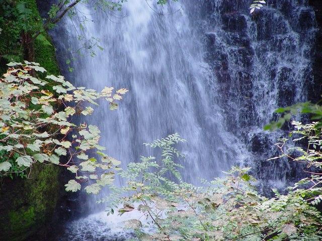 Falling Foss - Waterfall - geograph.org.uk - 578400