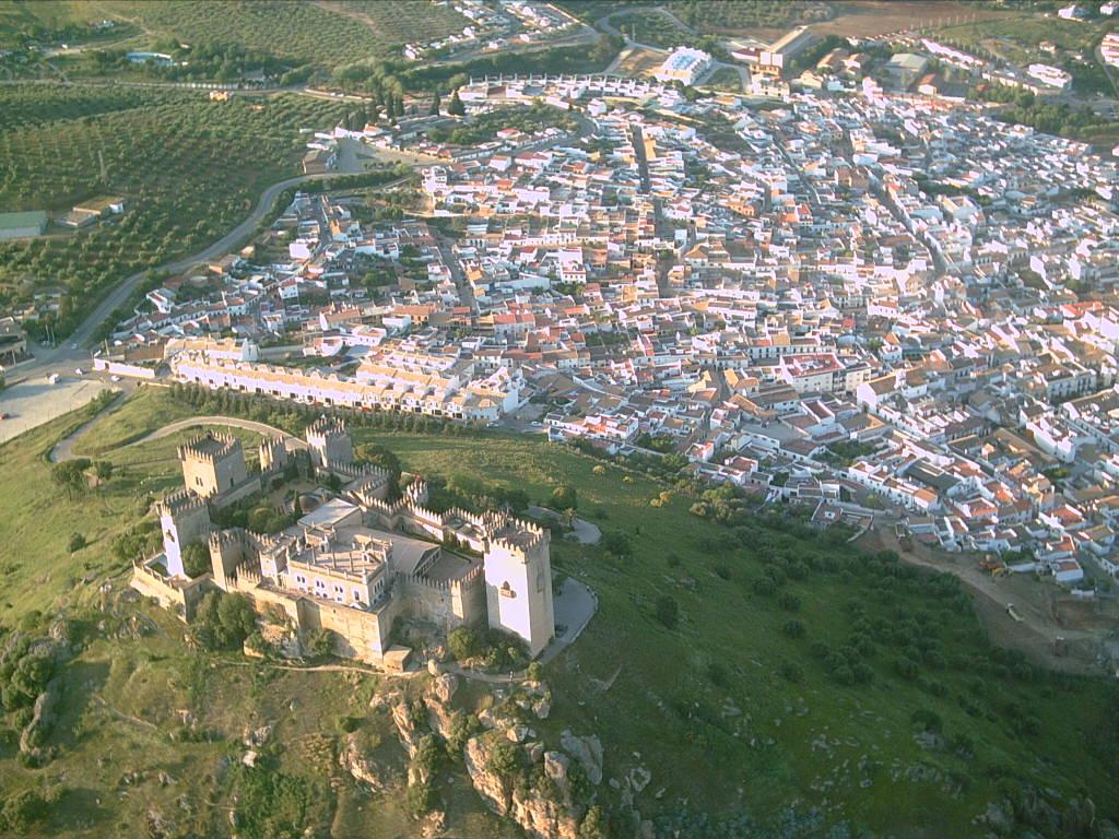 Almodovar del Río (Cordoue) — Wikipedya