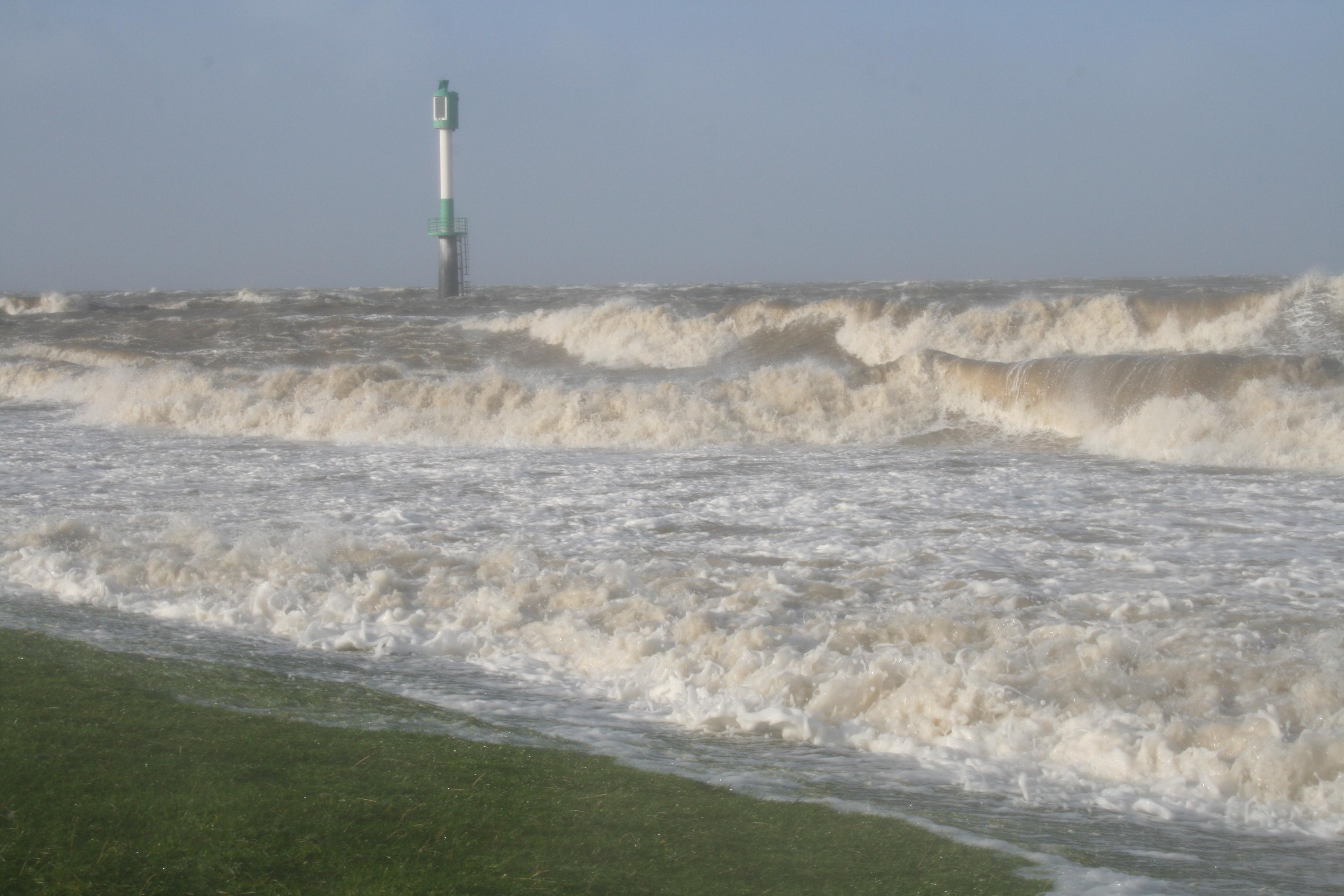 File:Glameyer Stack schwere Sturmflut 2007 11 09.JPG - Wikimedia ...