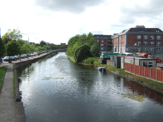 Grand Canal at Harolds Cross - geograph.org.uk - 436656