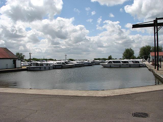 Herbert Woods boatyard - geograph.org.uk - 806210