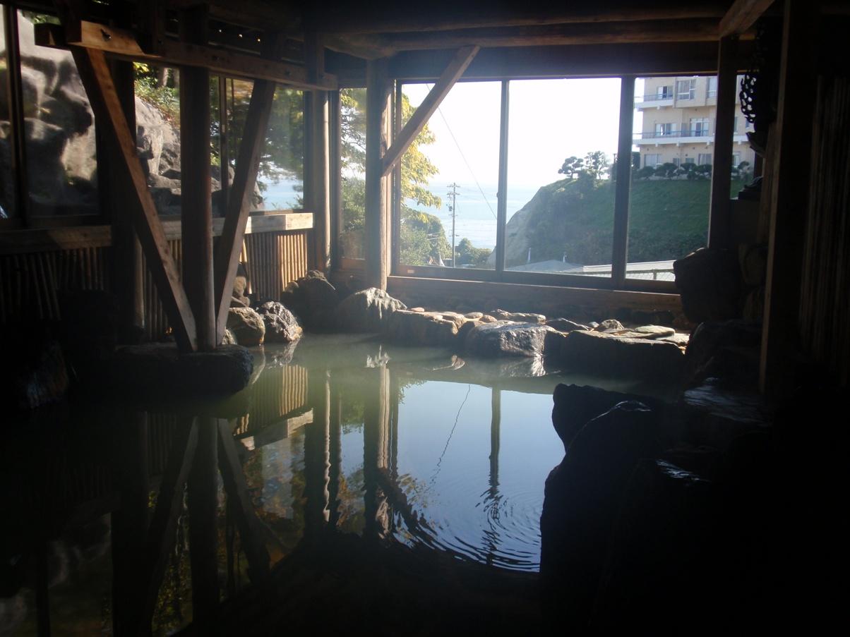 Himi-iwaido spa Hotel Miami.jpg