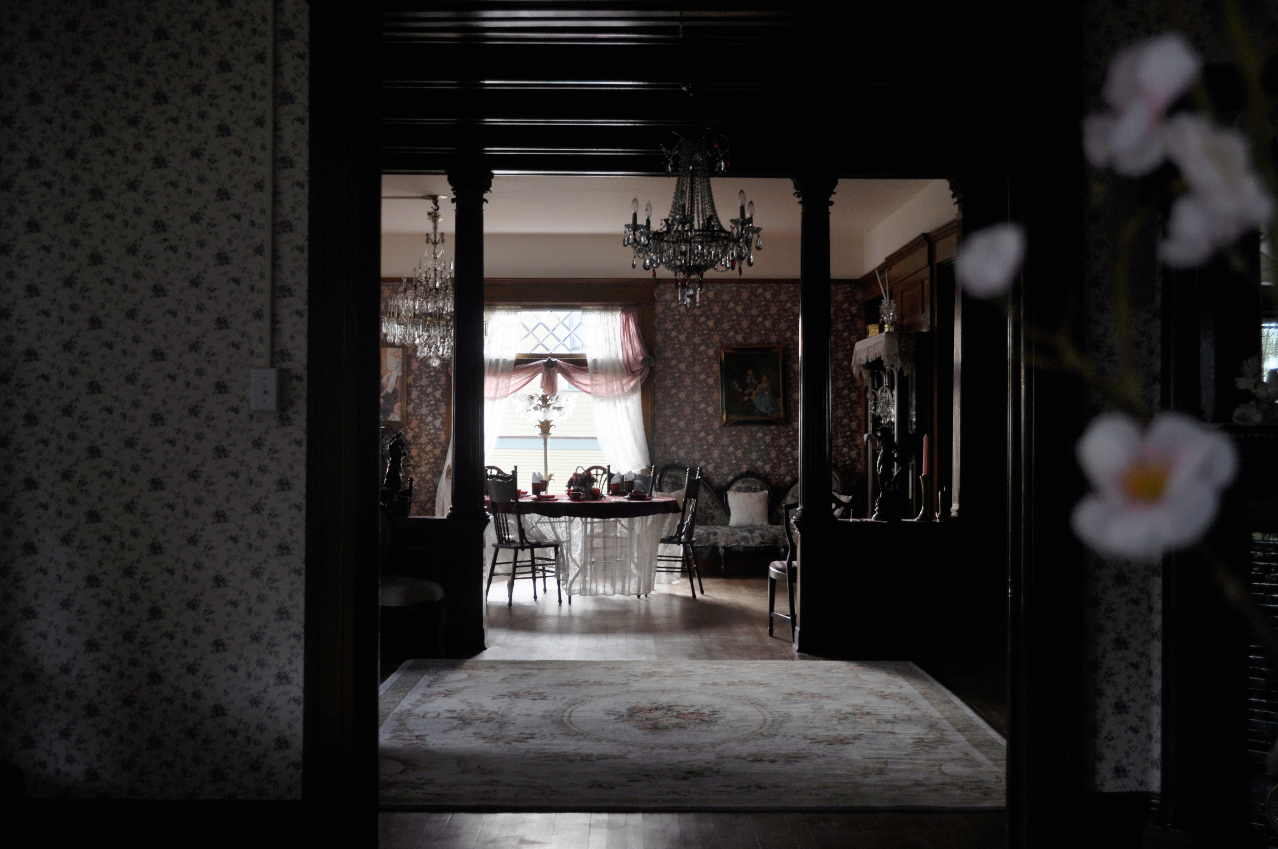 file:hoquiam's castle interior 01 - wikimedia commons