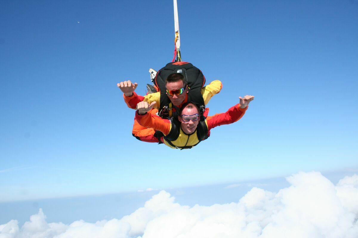 saut en parachute 46
