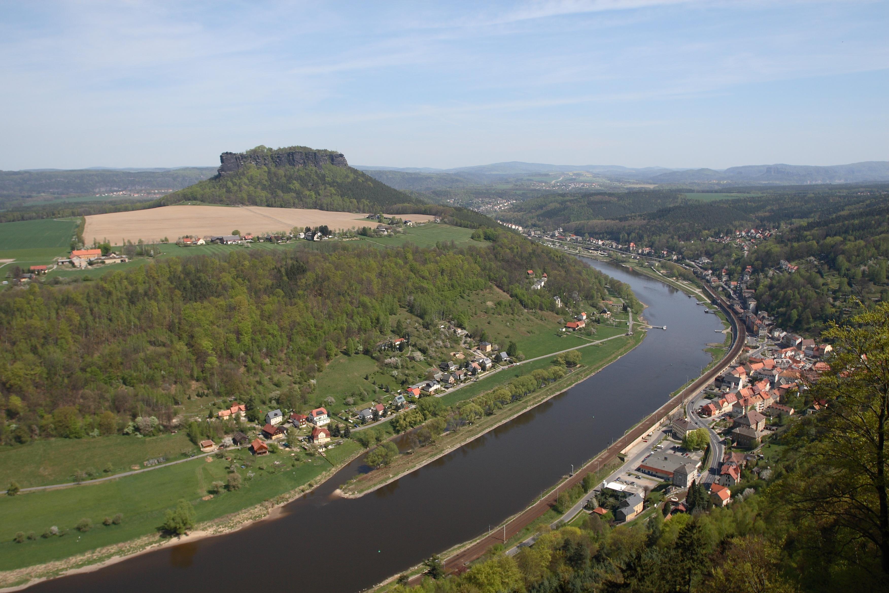 FileLilienstein And Elbe River From Koenigstein Saxonyjpg - Elbe river
