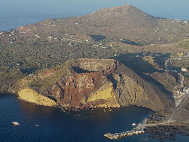 Isola di linosa wikipedia for Case lampedusa