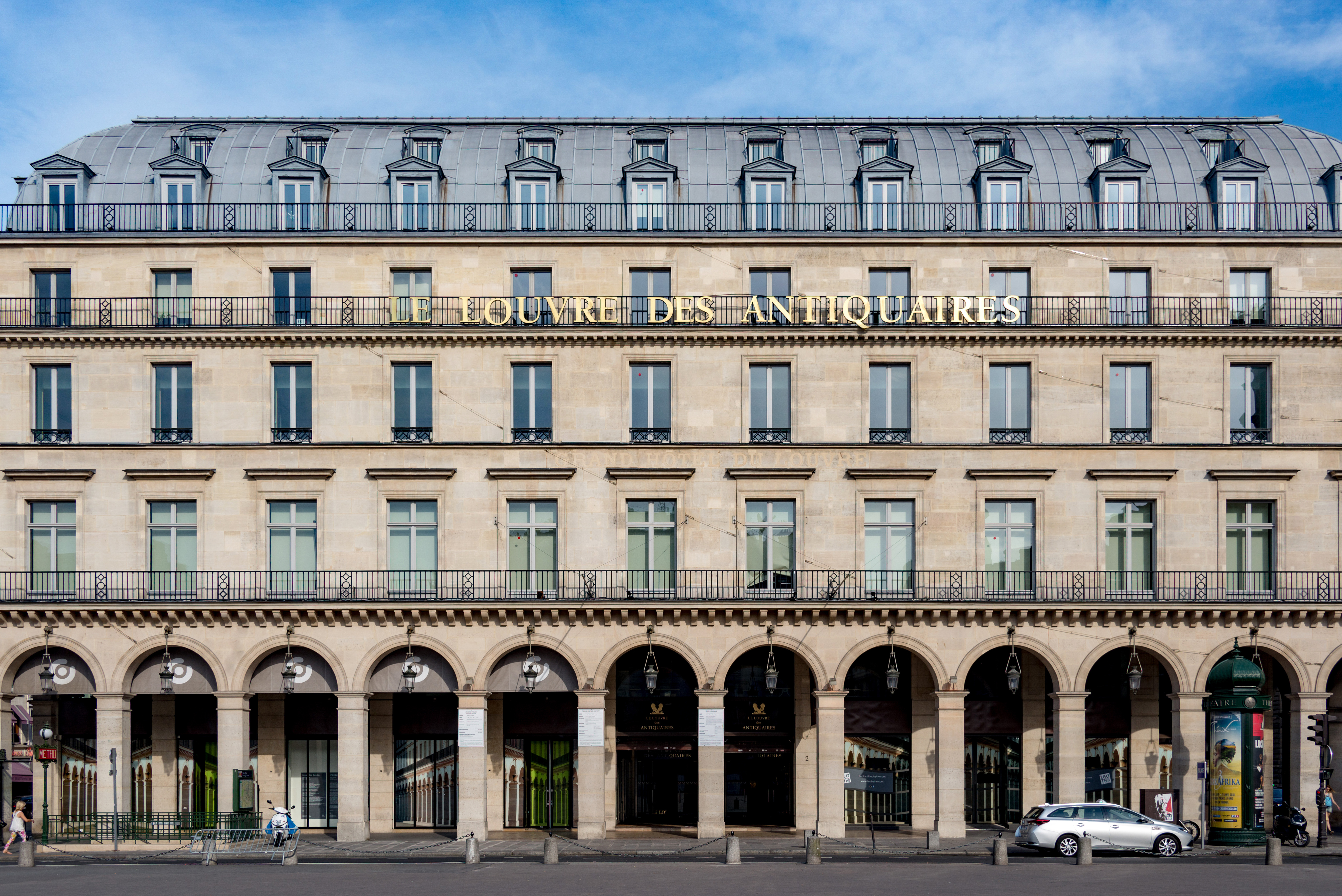 Le Louvre Des Antiquaires Wikipedia