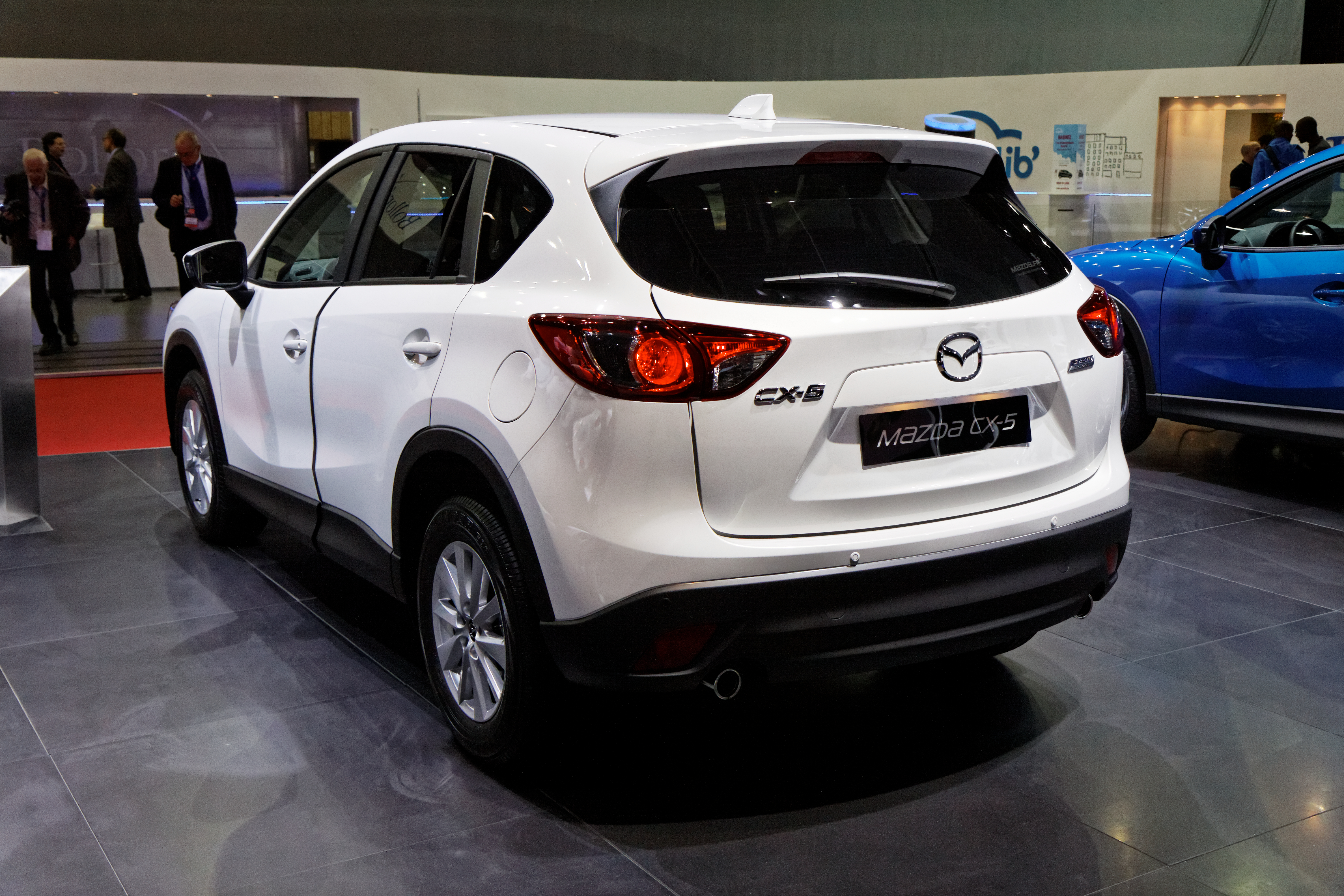 file:mazda cx-5 - mondial de l'automobile de paris 2012 - 009