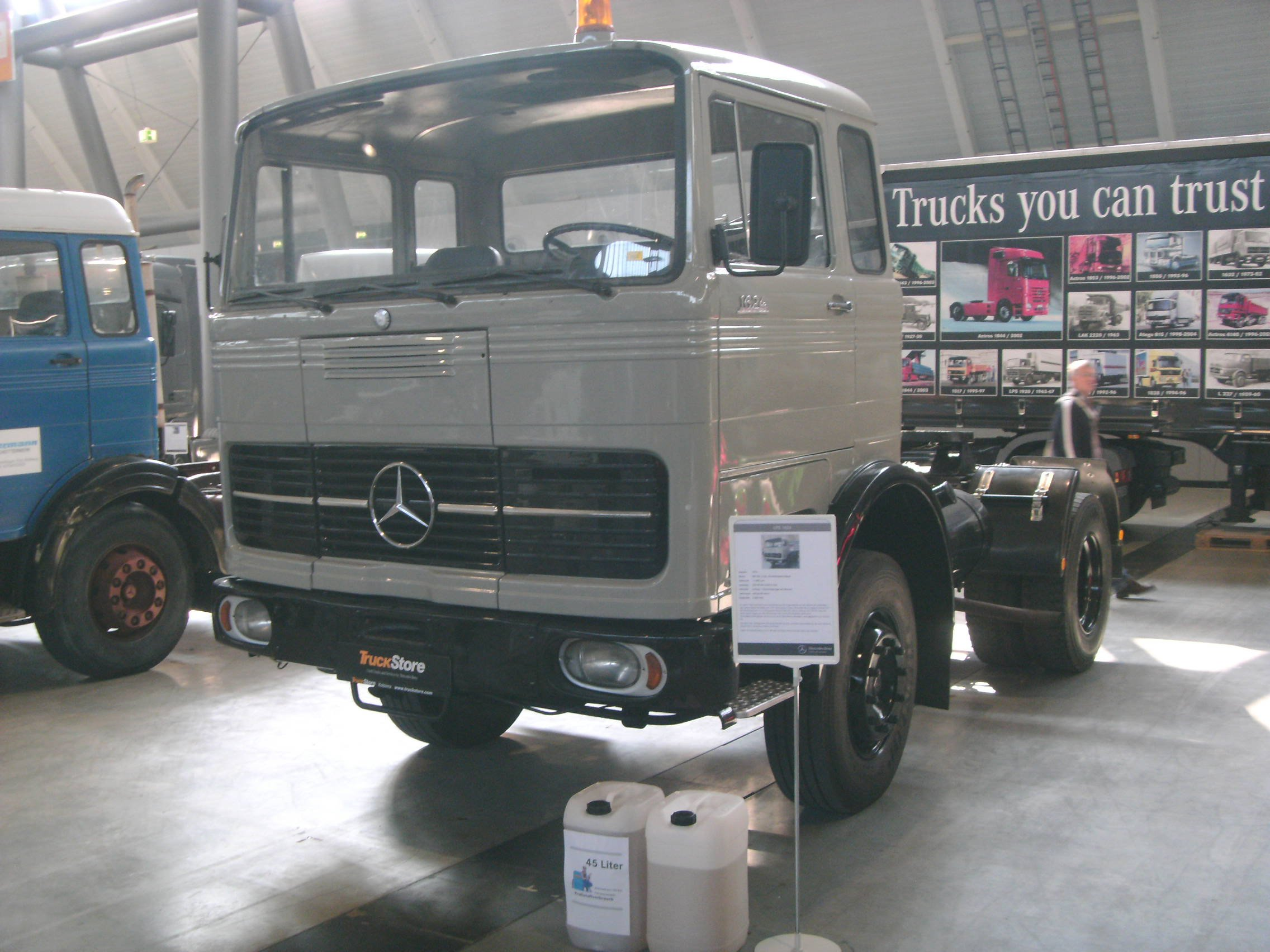 File Mercedes Benz Lps 1624 1970 240 Ps Jpg Wikimedia