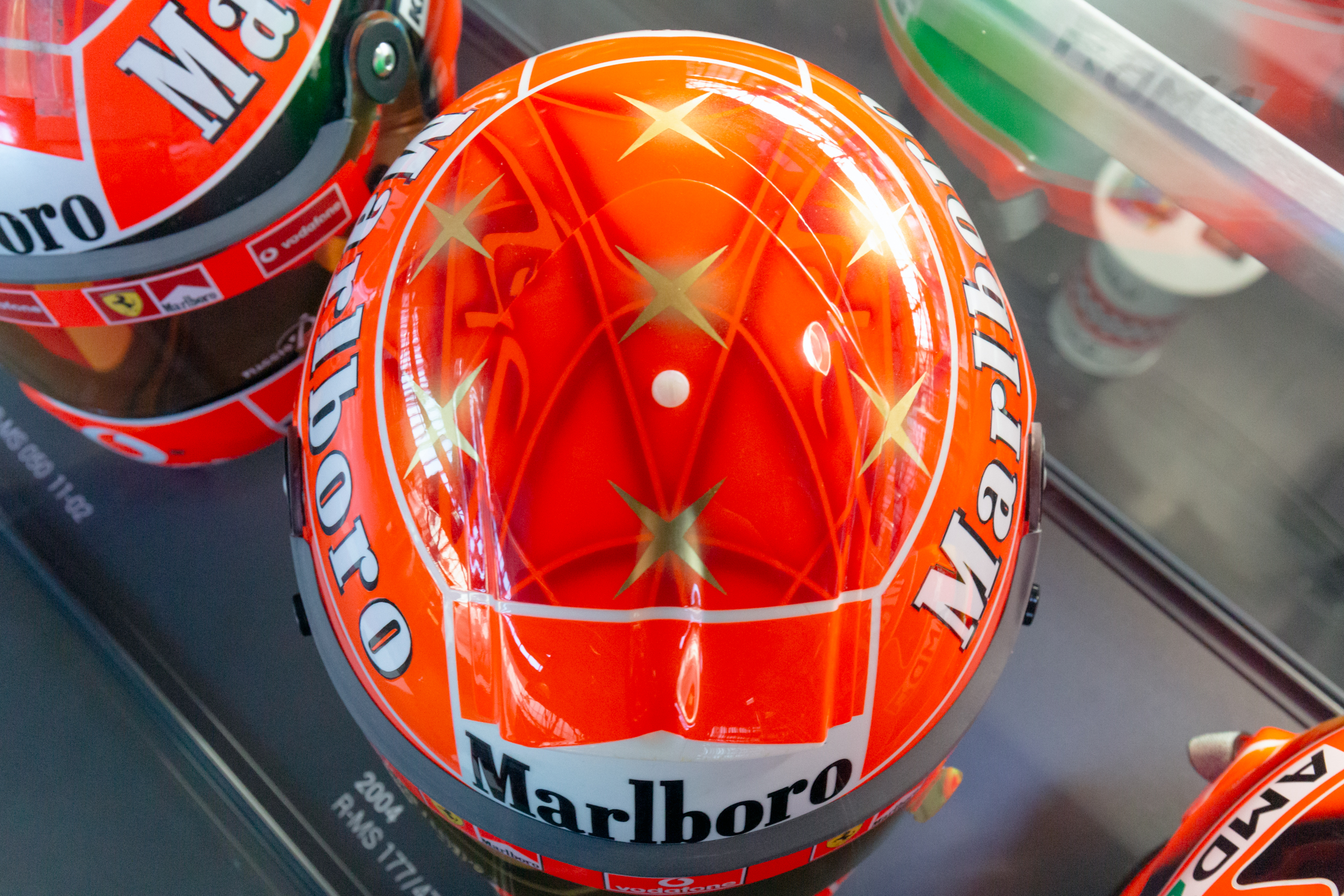 File Michael Schumacher 2004 Italian Gp Helmet Top 2019 Michael Schumacher Private Collection Jpg Wikimedia Commons