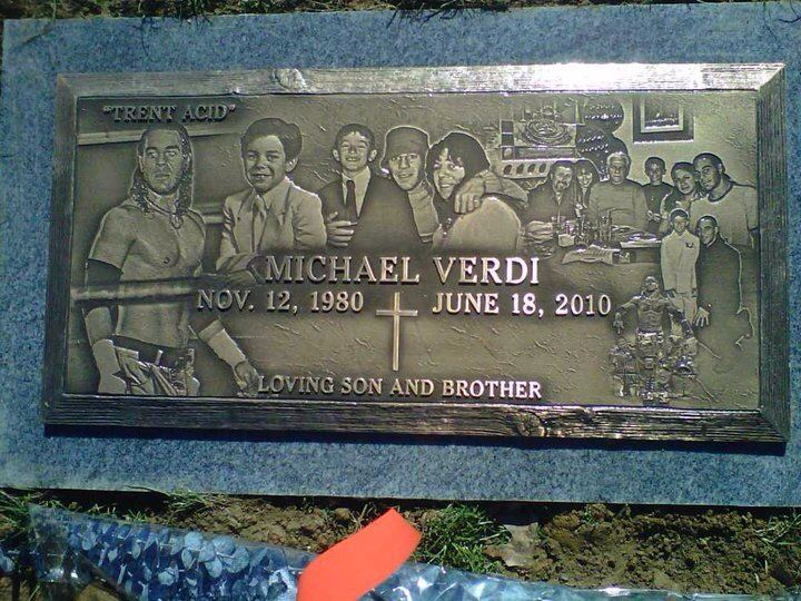 File:Michael Verdi (Trent Acid) Plot @ Grave Site.jpg