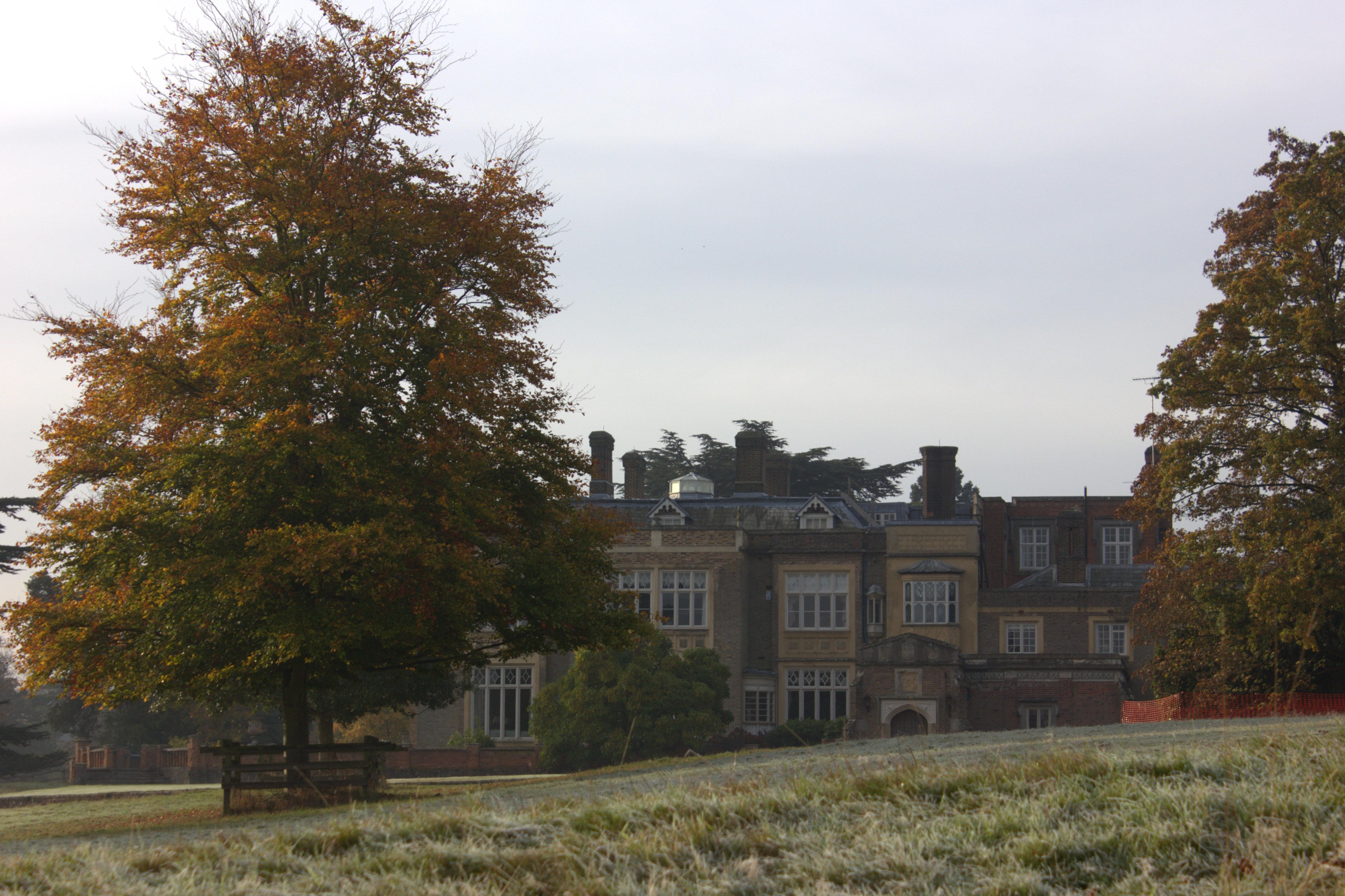 Nopeus dating Watford Hertfordshire