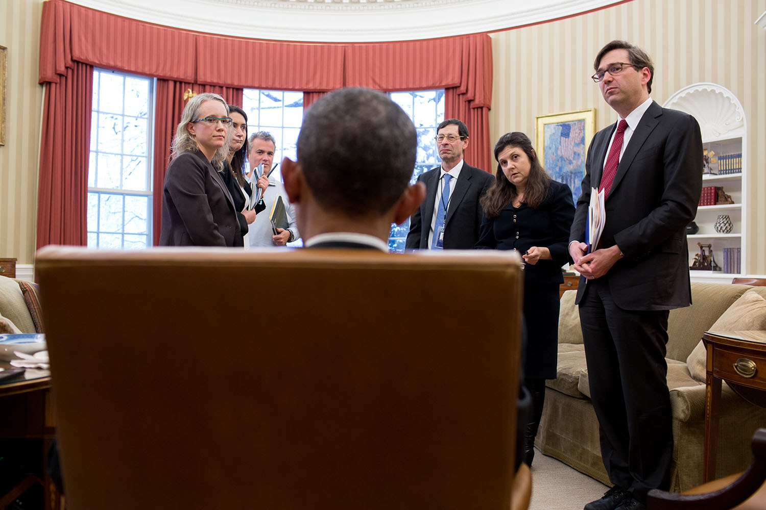 Obstfeld (third from right) in a meeting with [[Barack Obama]]