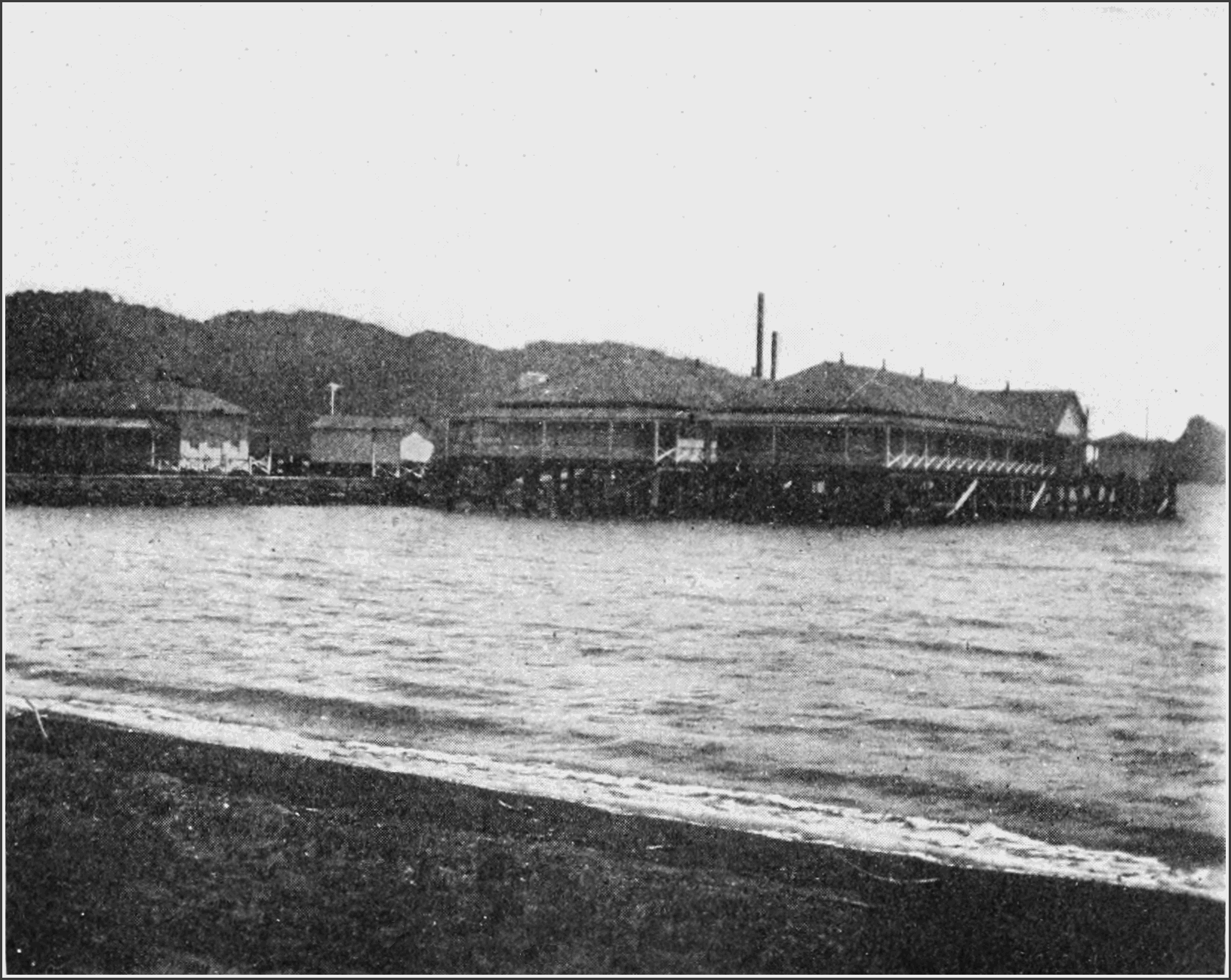 PSM V82 D373 Disinfecting wharf and bathhouse at marivales in the philippines.png