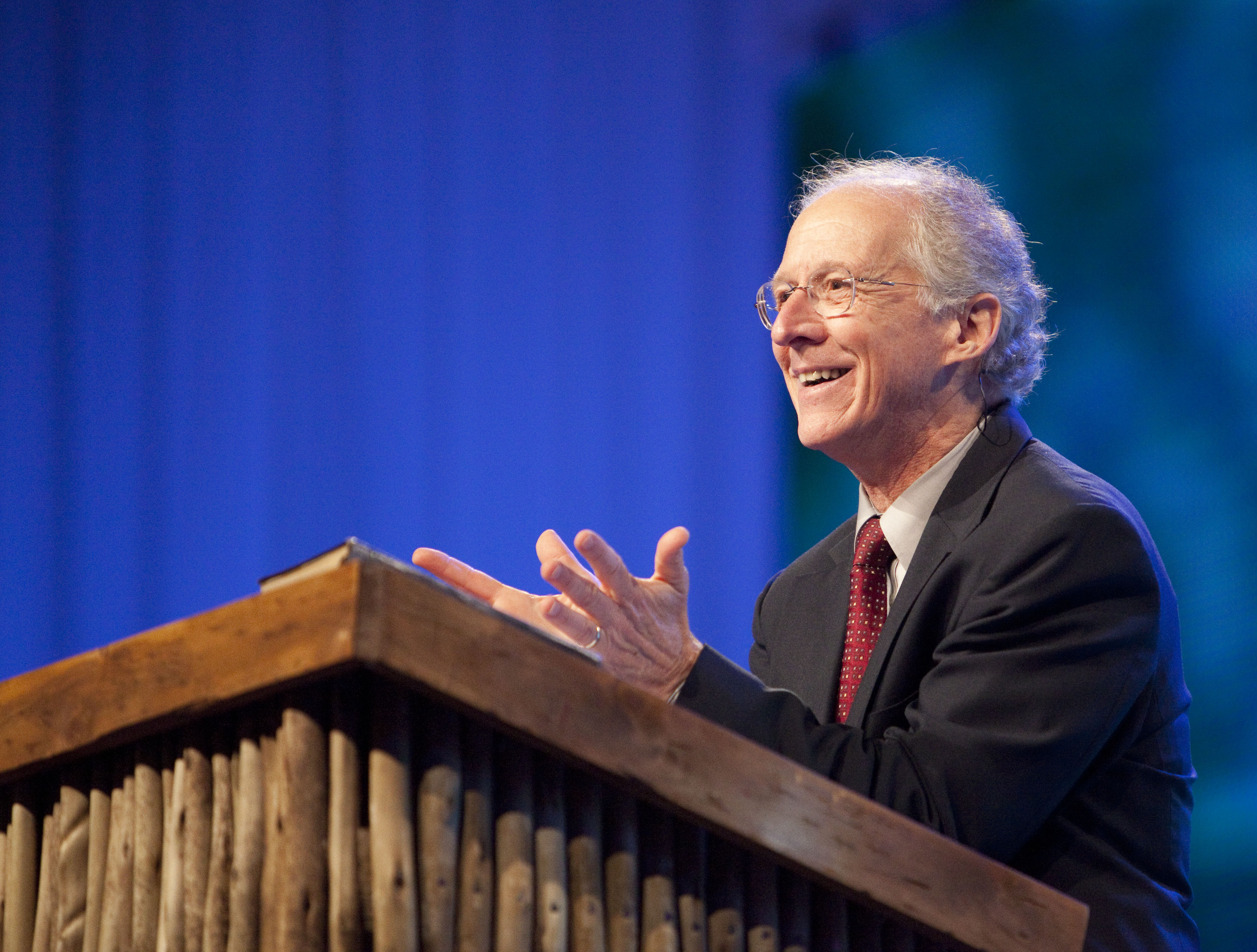 John Piper Urges Christians to Resist Right-Wing Pressure and 'Get Vaccinated'