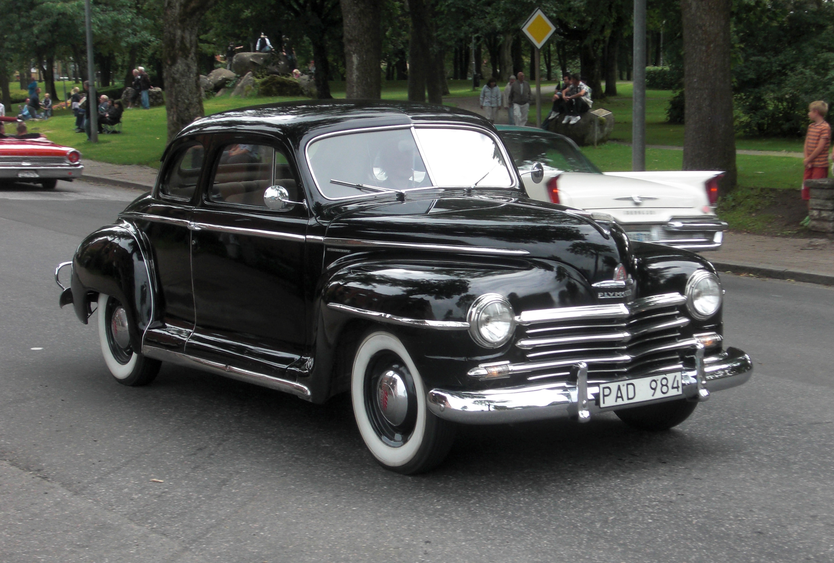 File:Plymouth Special De Luxe 1947 - Falköping cruising 2010 - 7045.jpg - Wikimedia Commons