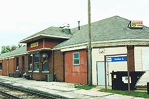 Pontiac Illinois Amtrak station.jpg
