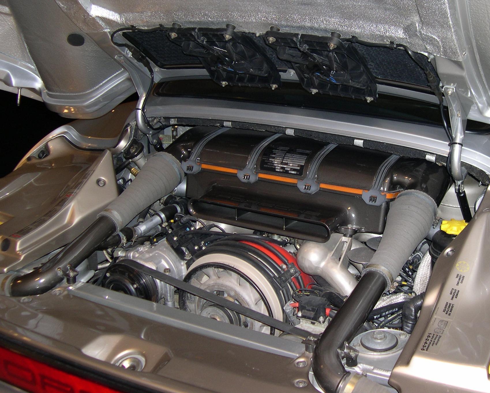Porsche_959_engine.jpg