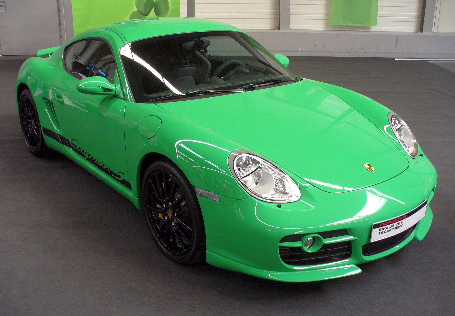 http://upload.wikimedia.org/wikipedia/commons/c/c0/Porsche_Cayman_S.JPG