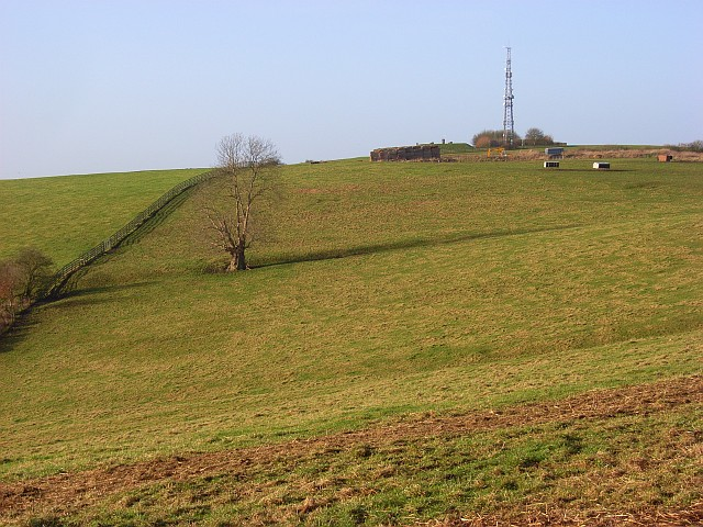 Quainton Hill - geograph.org.uk - 658784