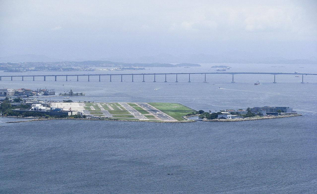 Resultado de imagen para Santos Dumont Airport