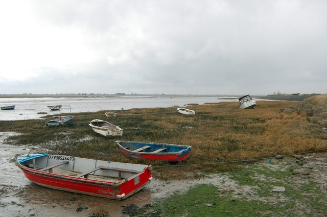 South Shore of Two Tree Island - geograph.org.uk - 1187507