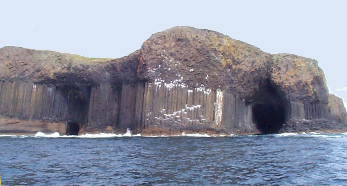 """Résultat de recherche d'images pour """"Staffa scotland"""""""